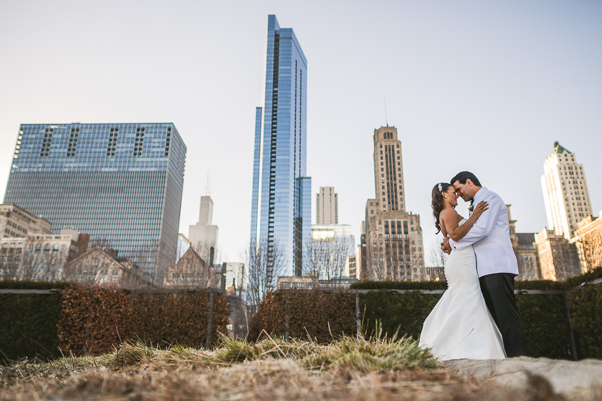 Chicago Wedding Photography at Chicago Athletic Association // Alicia + Spencer